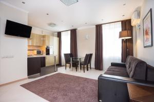 Balmont Apartments Smolenskaya