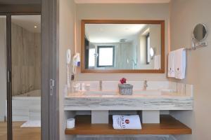 Ramada Resort Bodrum, Hotely  Bitez - big - 8