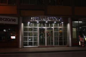 Altinnal Hotel