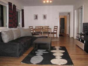 Une image de Nevski Apartment