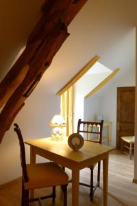 Ferme de Marpalu, Bed and Breakfasts  La Ferté-Saint-Cyr - big - 5