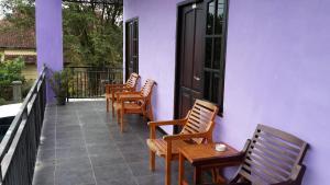(Cahaya Rahman Guest House)