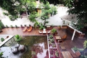 Feung Nakorn Balcony Rooms and Cafe, Отели  Бангкок - big - 5