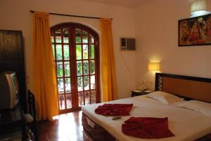 Sea Breeze Resort Candolim, Hotel  Candolim - big - 2