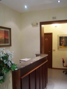 Hotel Pensione Romeo, Hotely  Bari - big - 49