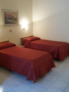 Hotel Pensione Romeo, Hotely  Bari - big - 50