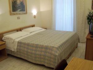 Hotel Pensione Romeo, Hotely  Bari - big - 40