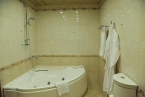 Отель Гянджали Плаза - фото 25