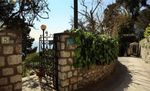 Casa Augusto B&B, Panziók  Capri - big - 32