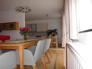 Rooms & Apartments Housingbrussels, Apartmány  Brusel - big - 10