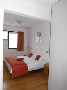 Rooms & Apartments Housingbrussels, Apartmány  Brusel - big - 6