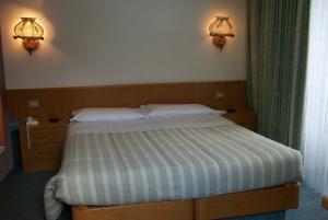 Hotel Ottoz Meublé - Courmayeur