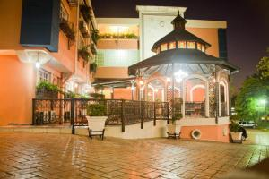 Сантьяго-де-лос-Кабальерос - Platino Hotel & Casino