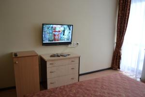 Marat Park Hotel, Hotely  Haspra - big - 12
