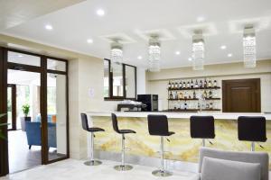 Marat Park Hotel, Hotely  Haspra - big - 15