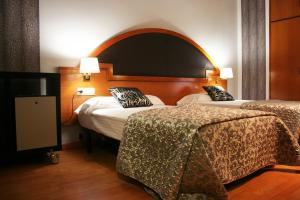 Hotel Don Jaime 54, Hotels  Zaragoza - big - 20