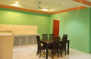 Pantai Desair Apartment