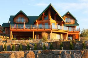 A Okanagan Lakeview B&B - Accommodation - Kelowna