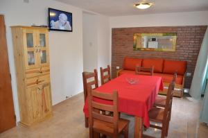 C&W Vacaciones Diferentes, Holiday homes  Villa Carlos Paz - big - 3