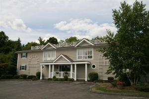 Yankee Suites Extended Stay - Hotel - Pittsfield
