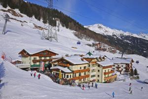 Hotel Garni - Restaurant Kaminstube - St. Anton am Arlberg