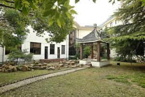 Chunlan Business Hotel