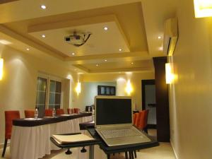 Review Hotel Colonial