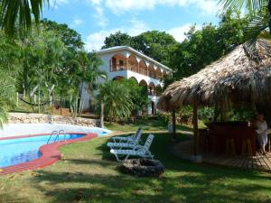 Colibri Hill Resort