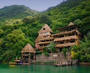 Laguna Lodge Eco Resort & Nature Reserve