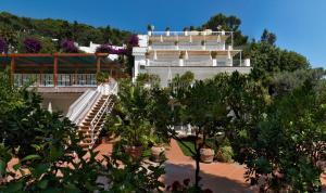 Hotel Villa Brunella, Hotels  Capri - big - 11