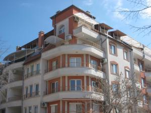Tashevi Apartments