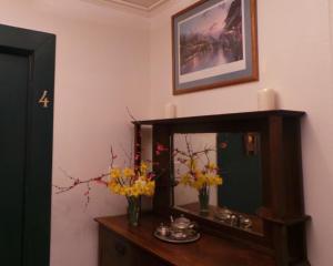 Daffodil Suite, Ferienwohnungen  Placerville - big - 19
