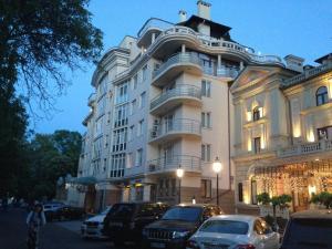 Arcada Apartments