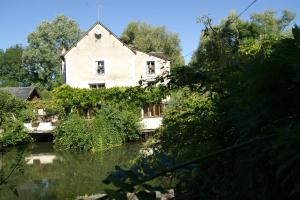 Le Moulin St Jean, Bed & Breakfast  Loches - big - 22