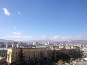 Hotel Tbilisi Central by Mgzavrebi