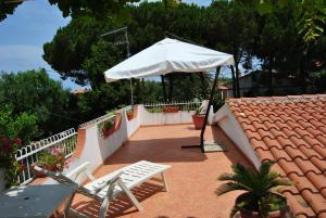 Villa Margherita, Holiday homes  Capo Vaticano - big - 14