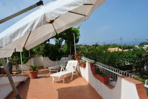 Villa Margherita, Holiday homes  Capo Vaticano - big - 1
