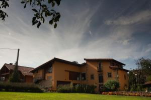Apartamentos Rurales La Casa Vieja De Silió