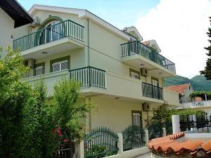 Apartments Odalovic