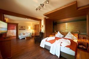 Garden-Hotel Reinhart, Отели  Прин-ам-Кимзее - big - 22