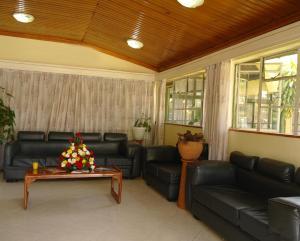 Накуру - Jumuia Guest Hotel Nakuru