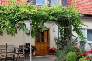 Haus am Blauenbach, Affittacamere  Schliengen - big - 29