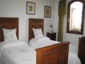 Deluxe Doppel-/Zweibettzimmer mit privatem Badezimmer.
