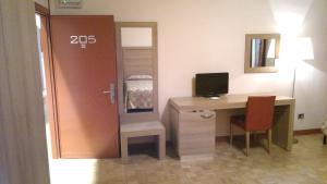 Hotel Al Santo, Отели  Падуя - big - 11