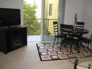 obrázek - Two-Bedroom Apartment Near Promenade