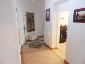 Muna Apartments - Iris, Appartamenti  Karlovy Vary - big - 16