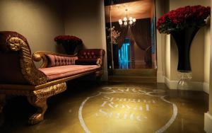 Platinum Royal Suite