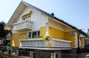 Mekina Guesthouse - Accommodation - Mariborsko Pohorje