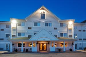 Country Inn & Suites by Radisson, Regina, SK, Hotels  Regina - big - 1