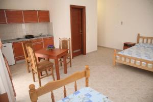 Apartments Giljača, Apartments  Tivat - big - 4